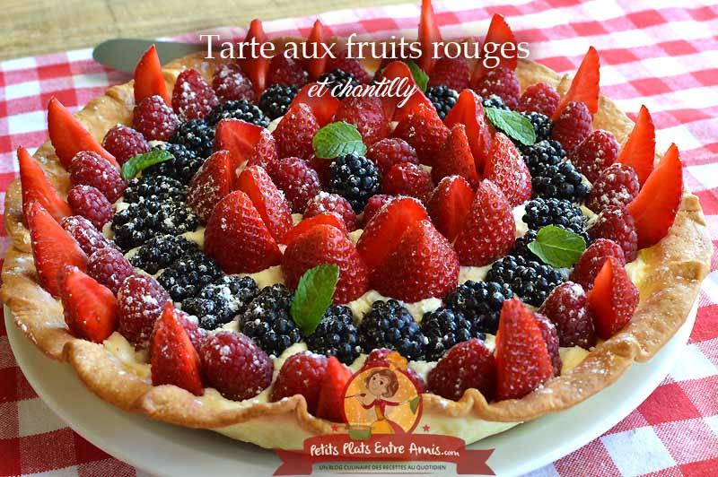 Tarte aux fruits rouges et chantilly